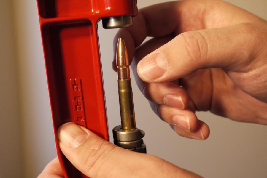 Seating bullet reloading