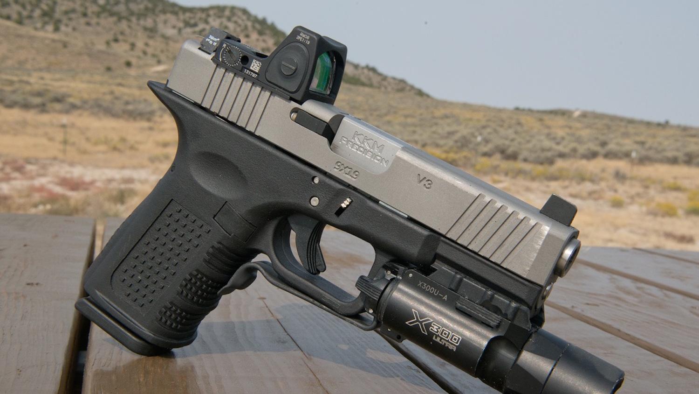 Red Dot on Pistol