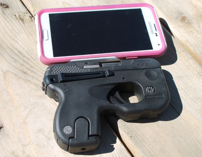 Taurus Curve with phone