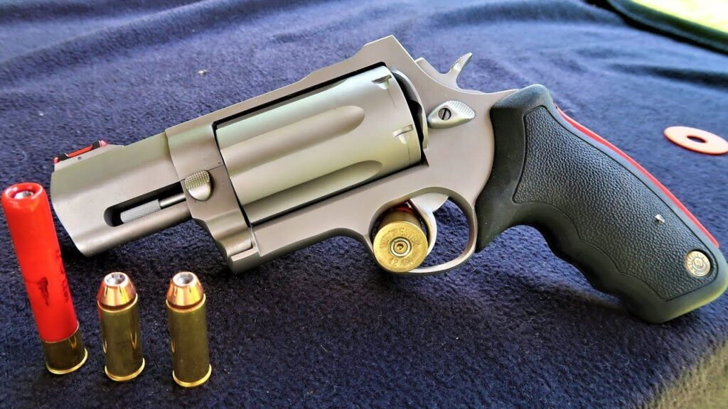 Snub Nose Taurus Judge